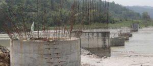दर्जन पुल निर्माणसँगै भत्किएको सडक मर्मत शुरु