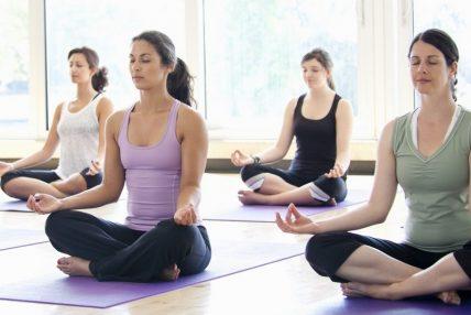 नियमित योग गर्ने बानी बसालौं