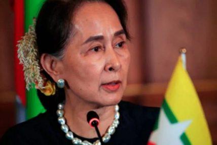 म्यानमारकी नेतृ आङ साङ सुकी सेनाको हिरासतमा, याङ्गूनमा टेलिफोन र इन्टरनेट सेवा बन्द