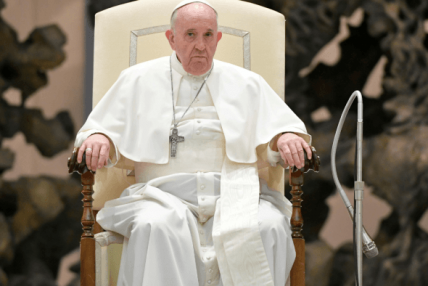 पोप फ्रान्सिसको इराक भ्रमण सम्पन्न