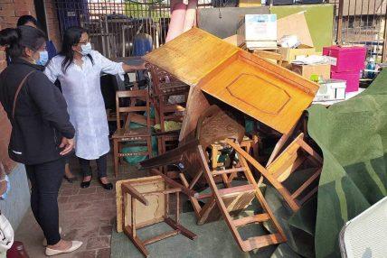 भक्तपुर क्यान्सर अस्पतालका निलम्बित चिकित्सकले गरे कार्यालय तोडफोड