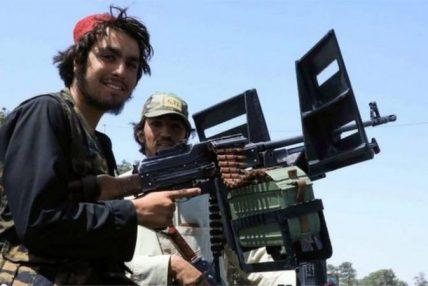 तालिबानको हातमा कसरी पुगे यति धेरै अमेरिकी हतियार ?